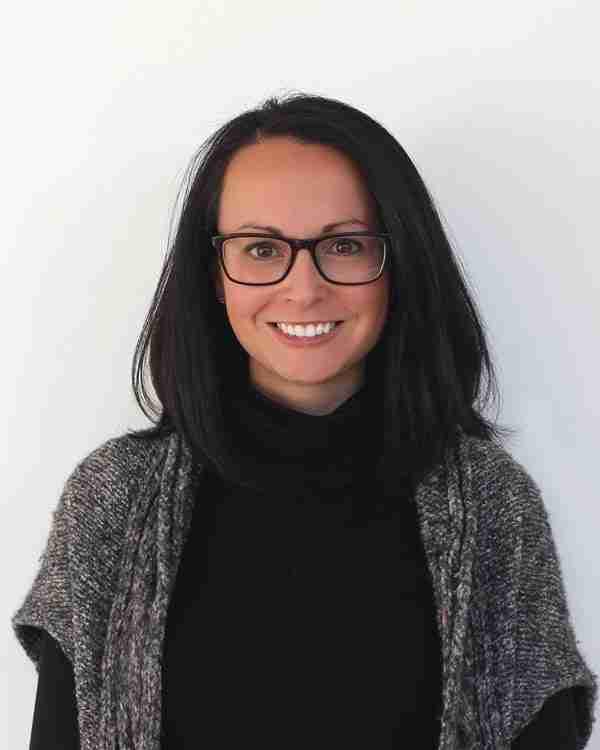 Melanie Venuti Lovage Instructor